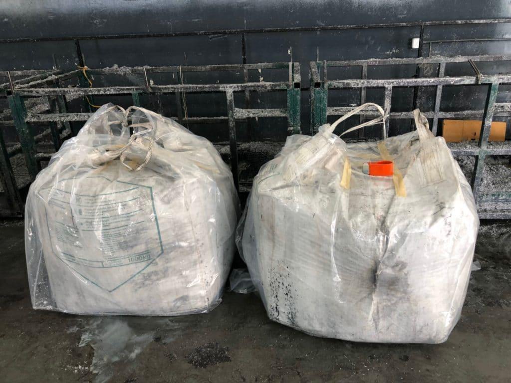 รูปตัวอย่างการขนส่งพลาสติกที่สั่งผลิตและจัดจำหน่ายเท่านั้น